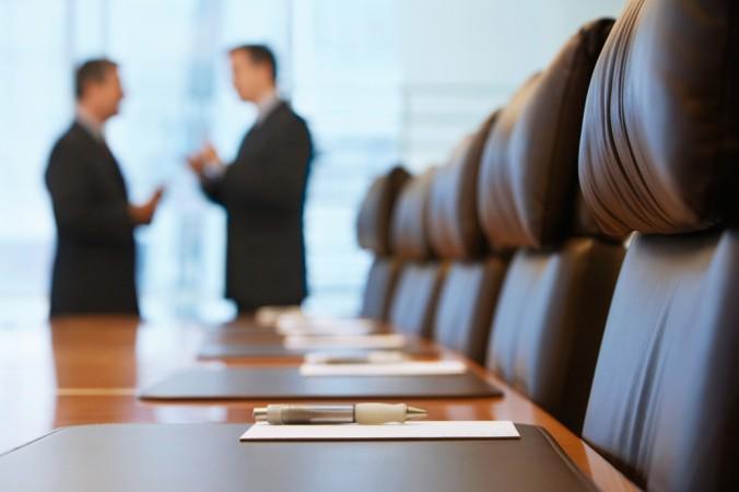 Unabhängig von der Hauptversammlung und dem Aufsichtsrat ist der Vorstand einer Aktiengesellschaft. (#1)