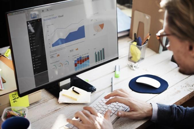 Wie kann man Aktien am Besten analysieren? Die Chartanalyse und die Fundamentalanalyse sind dafür bevorzugte Methoden. (#1)