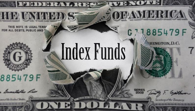 Die ETFs als börsengehandelte Indexfonds sollen die Kursverläufe von einem Index so exakt wie möglich nachbilden. Bei dem betroffenen Index handelt es sich zum Beispiel um den DAX, den Dow Jones oder den Nikkei Index. (#01)
