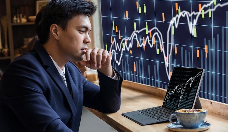 Es ist generell empfehlenswert, das Anlage-Portfolio zu diversifizieren, um die Chancen verschiedener Anlagemöglichkeiten zu nutzen und einen Risikoausgleich zu gEs ist generell empfehlenswert, das Anlage-Portfolio zu diversifizieren, um die Chancen verschiedener Anlagemöglichkeiten zu nutzen und einen Risikoausgleich zu gewährleisten. (#01)ewährleisten. (#01)