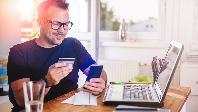 Jeder Anbieter, der im Internet Käufer akquirieren möchte, sollte darauf achten, den Bezahlprozess so einfach wie möglich zu gestalten. (#03)