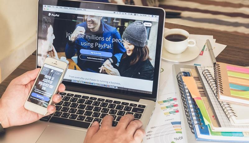 Der Online-Handel boomt und für viele Kunden sind Online-Shops mittlerweile die wichtigste Einkaufsquelle. (#01)