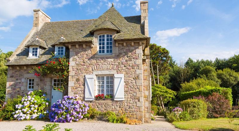 Sie möchten für Ihre Geldanlagen und den neuen Grundbesitz Frankreich wählen, stellen sich aber die bange Frage: Ist mein Geld dort sicher? (#01)