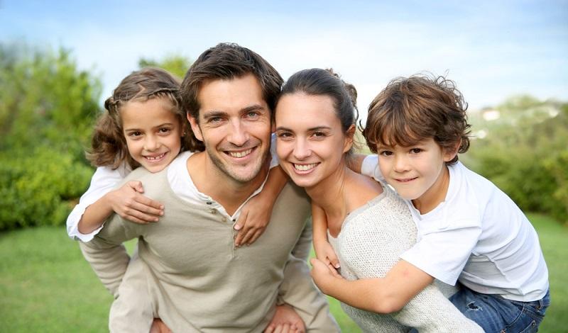 Ist die Anlage erfolgreich, profitieren alle von den Erlösen und bauen sich vielleicht selbst bald ein Eigenheim. (#4)